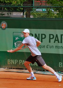 Davis Cup hero Kyle Edmund is just one of StringFix's satisfied customers